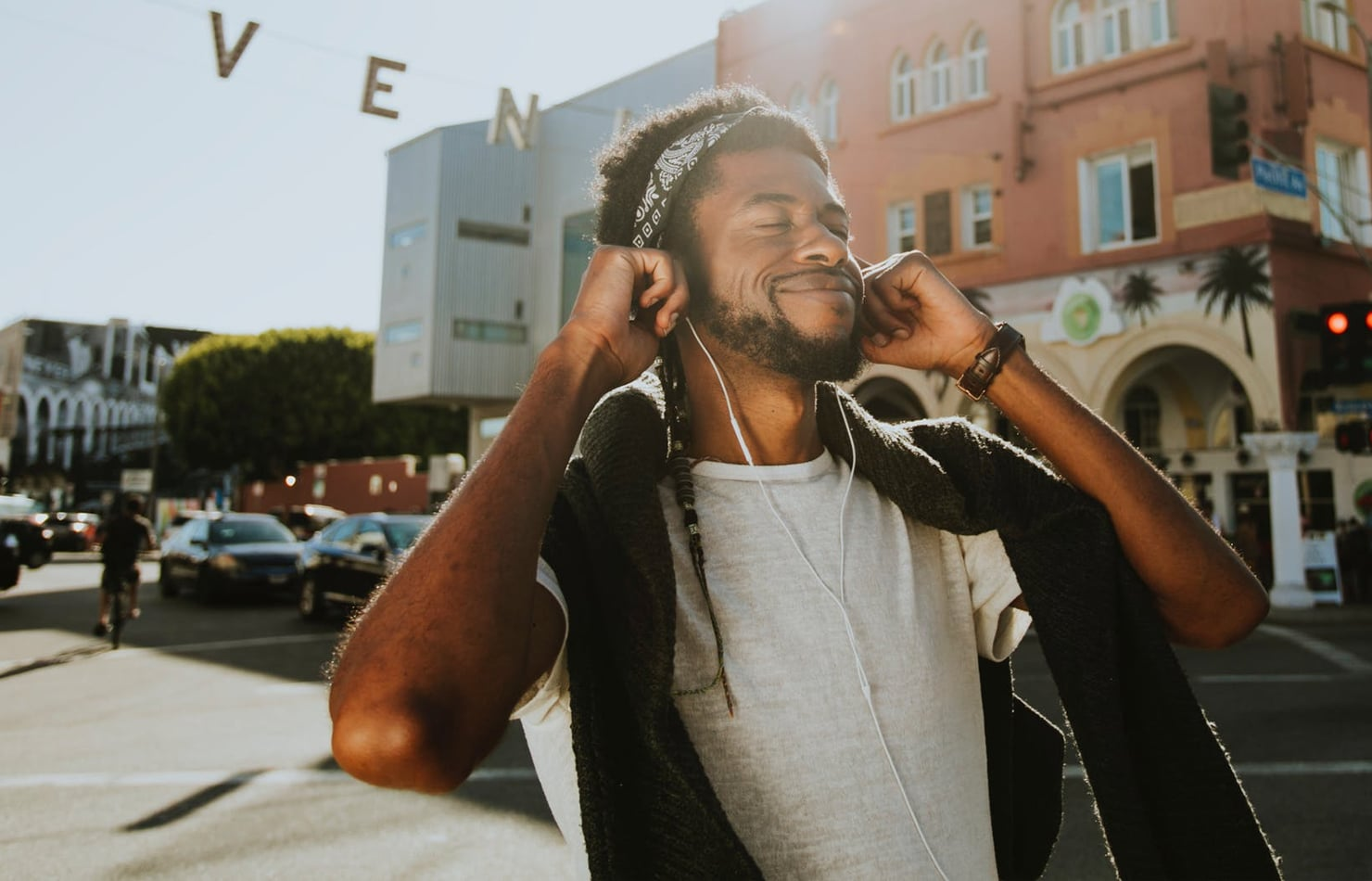How to Create the Ultimate Summer Playlist